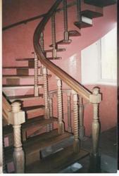 Лестницы: деревянные,  кованые,  из нержавеющей стали. - foto 2